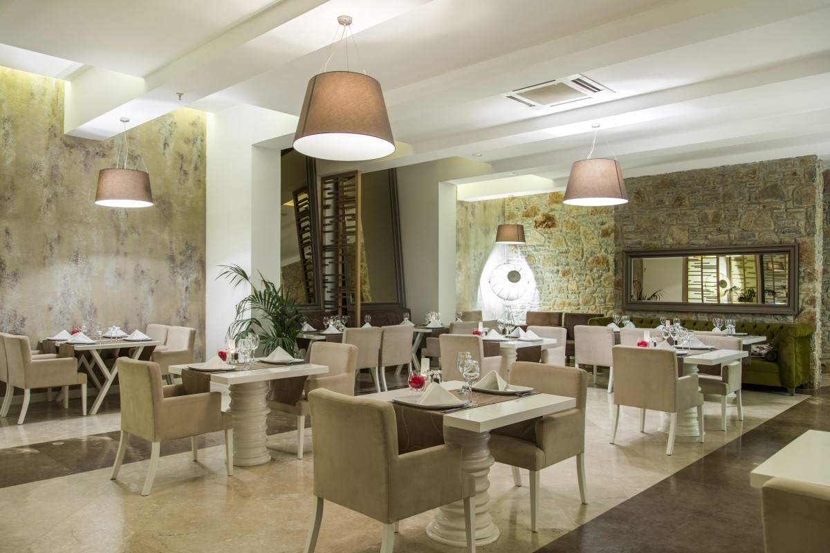 VBO_ArtemisiaAlaCarteRestaurant (1).jpg